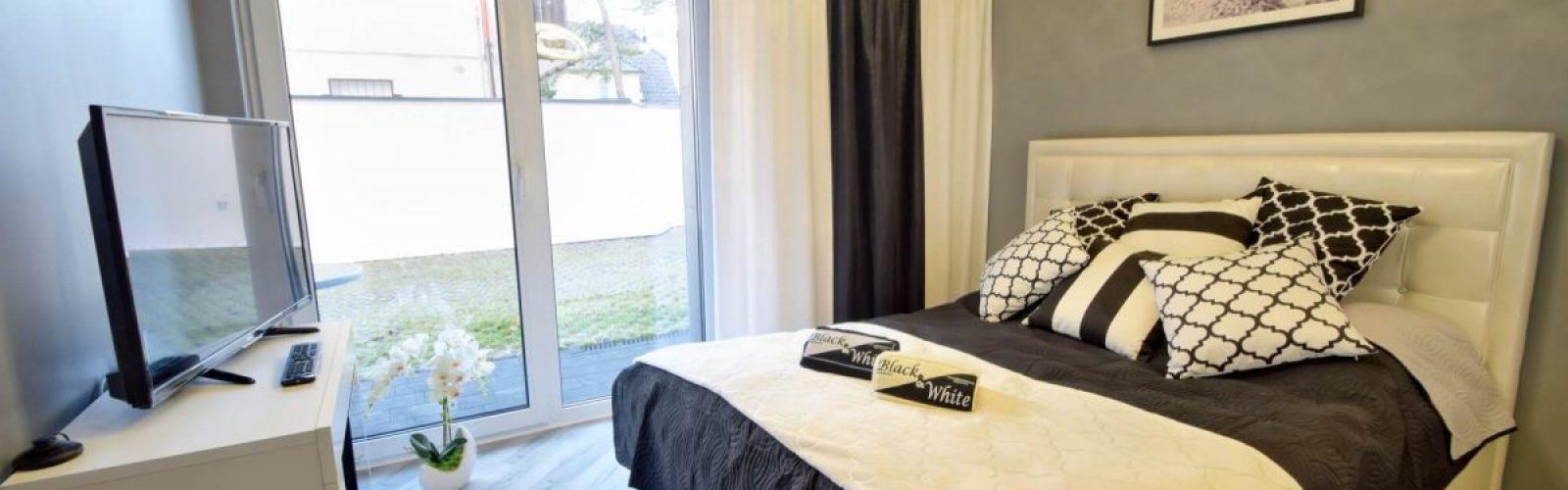 black&white mielno noclegi od dzisiaj sypialnia
